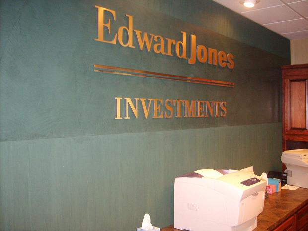 Edward Jones, Overland Park KS, Travertine and Marmorino