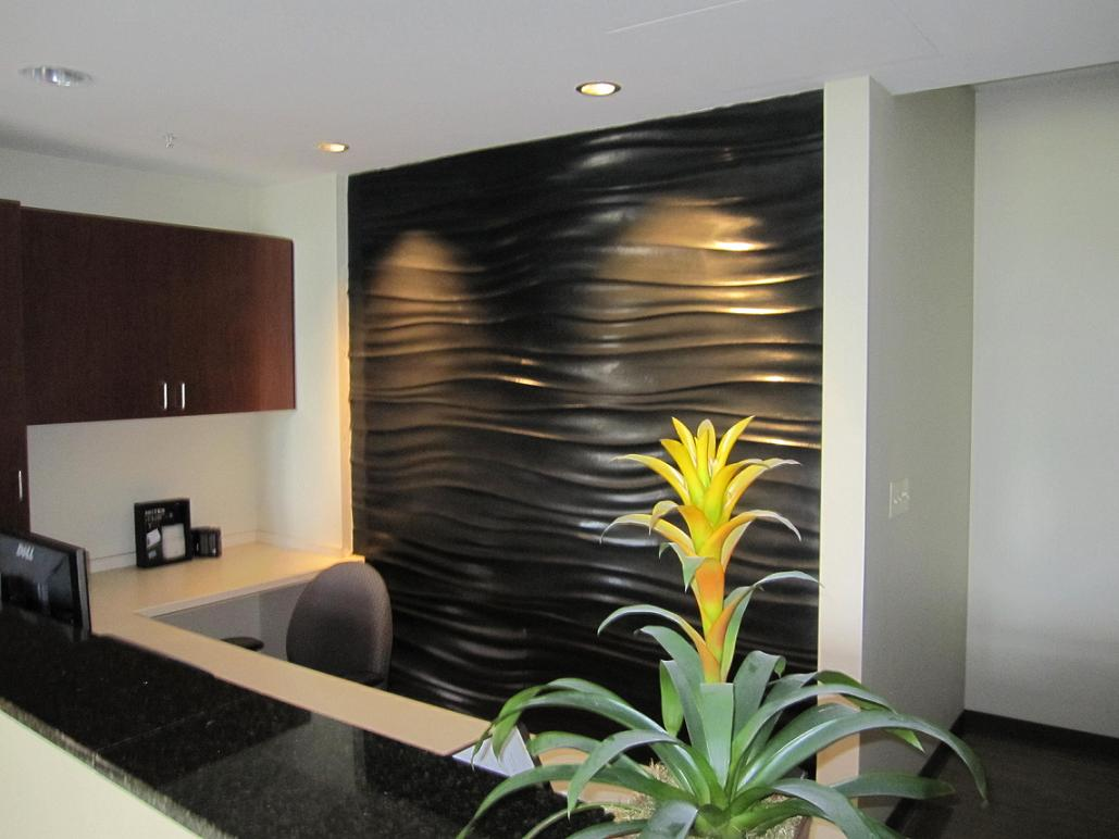 Sculptural Wall Black